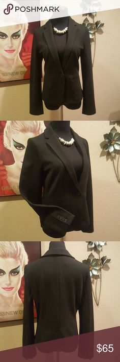 "NWT Ann Taylor Black Blazer Jacket This beautiful Ann Taylor blazer/jacket is new with tags!!!  Poly blend with a little stretch, but looks and feels like a thick cotton.  This jacket features a one button front closure, rounded lapels, hand pockets (still sewn closed), rear vent and four functional sleeve buttons.  In excellent condition!!  Size 10 (See measurements for sizing also)  Measurements:  38""-40"" Bust (material stretches)  26"" Sleeves from shoulder seam, 18"" from armpit  26-1/2""…"