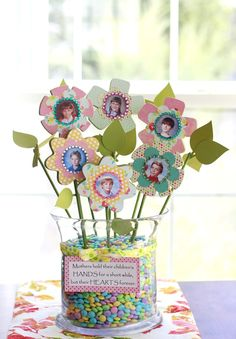 Day Crafts {Fabulous and Fun} Mothers Day Poem Flower Bouquet Craft - Mother's Day Crafts {Fabulous and Fun}Mothers Day Poem Flower Bouquet Craft - Mother's Day Crafts {Fabulous and Fun} Crafts To Do, Crafts For Kids, Arts And Crafts, Kids Diy, Decor Crafts, Mothers Day Poems, Happy Mothers Day, Mother's Day Projects, Craft Projects