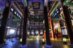 Gyeongbokgung Palace at night The palace lights are turned on for a limited time only (Feb/ Apr/ Jul/ Oct). The next one will be from Oct 22 to Nov 3, 2014 — at 경복궁 / Gyeongbok Palace. ©Jun Shik Shin