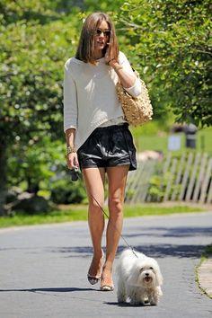 http://streetstylesfashion.blogspot.com/2014/03/olivia-palermo-street-styles-fashion_23.html