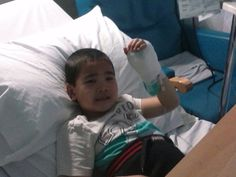 Peter is a 5 year old boy suffering from life-threaten nephrotic syndrome, a type of kidney disease, please support him with medication and treatment!
