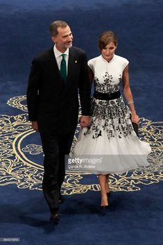 King Felipe VI of Spain and Queen Letizia of Spain attend the Princesa de Asturias Awards 2017 ceremony at the Campoamor Theater on October 20, 2017 in Oviedo, Spain.  (Photo by Carlos R. Alvarez/WireImage)