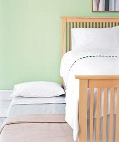A complete guide to prepping your home for overnight guests.