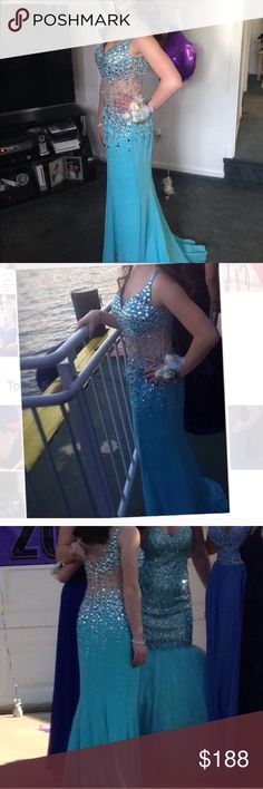 Prom Dress Faviana Size 4 Blue Lovely blue Faviana Size 4 prom/ pageant long gown. Loads of rhinestones and glam. Paid over $600 selling for rock bottom price more than 70 % off .....low firm price.  If any item in my closet doesn't say sold then it is available :) Faviana Dresses Prom