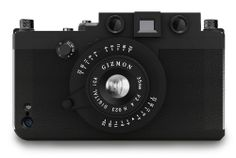 Gizmon iCA iPhone 5 Case. Oh sweet mother of zoom lenses and pixel pleasures!!!  Yes, baby, YES!!!