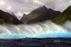 Beautiful waves of Teahupoo beach Tahiti