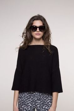 Pull noir en point mousse oversize