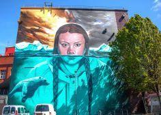 Teen Climate Change Activist Greta Thunberg Honored With Stunning Street Art Mural | HuffPost Australia