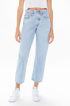 Casual Work Attire, Casual Jeans, Jeans Style, Casual Tops, Casual Outfits, Smart Casual Women, Button Fly Jeans, Jeans Brands, Long Tops