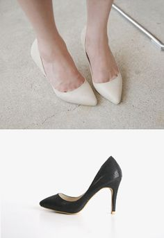e286c3ad945ca5 textured pointed toe pumps    Miamasvin loves u! Womens Clothing. Korean  Fashion.