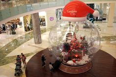 Jakarta Malls Decorated for upcoming Christmas celebrations ...