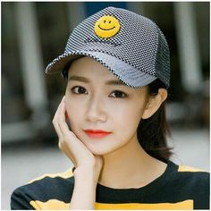 Smile emoji baseball cap for teenage girls UV protection trucker caps