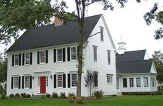 I love this house! Federal style colonial