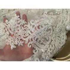 Belle dentelle perlée couture pour robes de cérémonies, décorations mariages, bustier