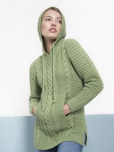 Woman's Cable Hoodie – free knitting pattern - Herzlich willkommen Baby Knitting Patterns, Jumper Knitting Pattern, Jumper Patterns, Hoodie Pattern, Free Knitting, Knitting Needles, Womens Knit Sweater, Crochet Fashion, Cable Knit Sweaters