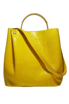A bright, #yellow bag for spring. #SpringStyle