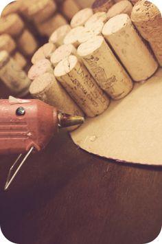a champagne dream: Valentine DIY: Wine Cork Heart Champagne Cork Crafts, Champagne Corks, Wine Cork Projects, Wine Cork Crafts, Cork Heart, Valentines Diy, Hearts, Craft Ideas, Drink