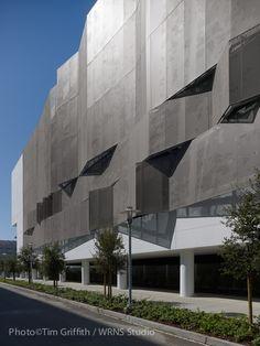 Estructura de Estacionamientos Mission Bay Block 27 / WRNS Studio
