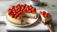 Inspired by their travels in Eastern Europe the Hairy Bikers give cheesecake a Polish twist with vodka infused strawberries. Inspired by their travels in Eastern Europe the Hairy Bikers give cheesecake a Polish twist with vodka infused strawberries. Vodka Strawberry Lemonade, Strawberry Cheesecake, Keto Cheesecake, Cheesecake Cupcakes, Raspberry Cheesecake, Pumpkin Cheesecake, White Chocolate Cheesecake, Vodka Recipes, Pasta Recipes