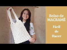 In this tutorial you will learn how to create tote / beach / shopping macrame bag. This project is very easy and simple but it requires patience. Micro Macramé, Macrame Curtain, Macrame Bag, Macrame Patterns, Crochet, Knots, Diy And Crafts, Weaving, Couture