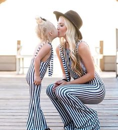 Where can I get first-rate and inexpensive mommy and me outfits? popreal is your best choice to obtain them. Hurry to snap up mother daughter matching outfits. Mother Daughter Matching Outfits, Mother Daughter Fashion, Mommy And Me Outfits, Girl Outfits, Matching Family Outfits, Cole And Savannah, Savannah Rose, Savannah Chat, Look Fashion