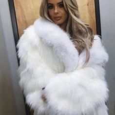 Can be used up to 25 wears with proper care. These lashes are very natural looking, long and thick. White Fur Coat, Fox Fur Coat, Faux Fur Jacket, Fur Coats, Fluffy Coat, Hair Color For Women, Fur Fashion, Sexy Outfits, Mantel