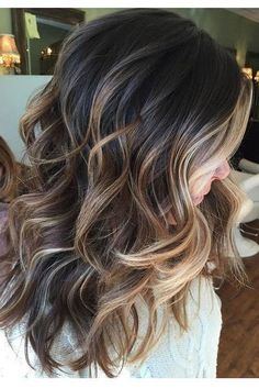 Gorgeous Brown Hairstyles with Blonde Highlights: Dark Brown Hair with Heavy Face Framing Blonde