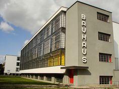 Die 41 Besten Bilder Von Dlw Classic Bauhaus Architektur