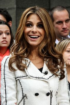 Maria Menounos curly hairstyle