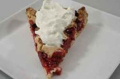 The best and easiest pie ever! yummy in my tummy Easy Pie, Food Inspiration, Quiche, Cheesecake, Food And Drink, Cupcakes, Sweets, Sugar, Snacks