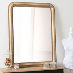 Gold mirror for golden interiors Affordable Decor, Decor, Sideboard Furniture, Gold Decor, Trending Decor, Gold Bedroom Decor, Dining Room Bench Seating, Hallway Furniture, Home Decor