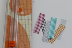 Magnetic Bookmarks - Organize and Decorate Everything Bookmark Craft, Magnetic Bookmarks, Magnets, Craft Projects, Projects To Try, Craft Ideas, Book Markers, Washi Tape