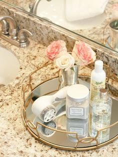 Vanity Tray Set for Dresser . Vanity Tray Set for Dresser . 12 X 8 Mirror Tray Mirrored Vanity Tray Jewelry Bandeja Perfume, Bathroom Vanity Tray, Gold Bathroom, Apothecary Bathroom, Small Bathroom Organization, Bathroom Ideas, Bathroom Accessories Luxury, Do It Yourself Inspiration, Style Deco