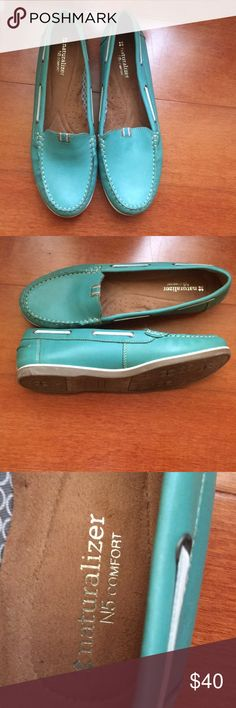 Naturalizer Loafer Gently worn turquoise Naturalizer loafer with white detailing. Only worn twice. ⚠️OFFERS WELCOMED⚠️ Naturalizer Shoes Flats & Loafers