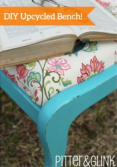 It's time to brighten up your home decor for spring! This DIY Upcycled Bench is the perfect way to add color to any room of your home.