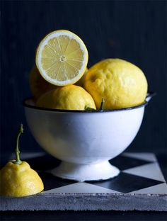 Go to this website for pics! Limoncello, Fruit Photography, Still Life Photography, Fruit And Veg, Fruits And Veggies, Photo Fruit, Still Life Photos, Oranges And Lemons, Lemon Lime