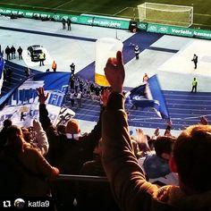 #Repost @katla9  #Påskeferie i #Berlin. #fotballkamp #olympiastadion #olympiastadionberlin #hahoha #herthabsc #hertha #bsc #bscfci #heimspiel #ostkurve #mittberlin #tyskland #germany #deutschland #utpåtur #utpåturaldrisur #seier #øl #bier #beer #warsteiner
