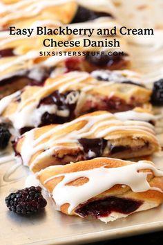 Cream Cheese Roll Up, Cream Cheese Crescent Rolls, Cream Cheese Danish, Breakfast Cheese Danish, Breakfast Biscuits, Blueberry Breakfast, Breakfast Pastries, Breakfast Cake, Danish Food