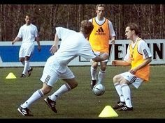 Soccer Training: U19 FC Schalke 04 - Soccer Drill Brazilian Combination - Step 4 - YouTube