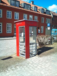 An old thelpephone box i the old town of Fredrikstad city. Photo Ann Christin Skogstad