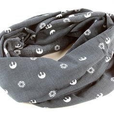 Her Universe x Star Wars Rebel Alliance Galactic Empire symbols infinity scarf ⭐️ Star Wars fashion ⭐️ Geek Fashion ⭐️ Star Wars Style ⭐️ Geek Chic ⭐️