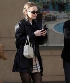 Lily Rose Depp Style, Lily Rose Melody Depp, Famous Models, India, Fall Winter Outfits, Gossip Girl, Dress To Impress, Cool Girl, Street Wear