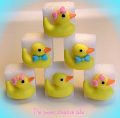 Hand decorated sugar cubes. Make for a great baby gift. From www.facebook.com/TheSweetCreativeSide Party Gifts, Tea Party, Rubber Ducky Party, Birthday Qoutes, Cube Decor, Royal Icing Sugar, Cake Decorating Frosting, Candy Art, Sugar Cubes
