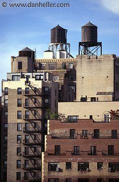 pics of unusal water towers | snopes.com: New York Water Towers