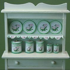 Printable canisters and plates in 1:12 scale for a dolls house kitchen