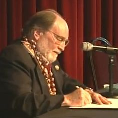 Governor of Hawaii signs equal marriage into law: 'Another universe is about to change for all time'