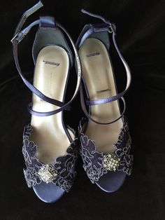 A twist to something blue -- Navy lace bridal wedge.   yvesbellabrides.etsy.com