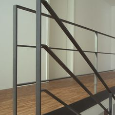 Parkettfaltwerktreppe - New Ideas Balustrade Balcon, Steel Balustrade, Steel Railing, Metal Railings, Staircase Railings, Banisters, Staircase Design, Stairways, Balcony Railing Design