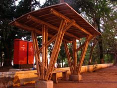 Bamboo Bus Stop. Some ambitious students at the Indian Institute of Technology in Bombay, India have constructed this bamboo bus stop for commuters. Bamboo House, Bamboo Garden, Bamboo Architecture, Concept Architecture, Building Architecture, Bamboo Building, Green Building, Wooden Pergola, Diy Pergola