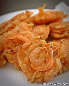 "Hot and crispy Cucur Udang This is one of my favourite Malaysian ""pasar malam"" (night market) snacks. I had a craving for it today after..."
